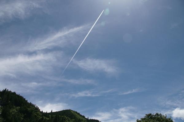 0610飛行機雲1.jpg